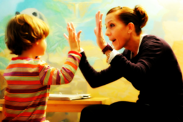 Socialising-with-an-autistic-child – slider