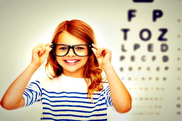 Kelowna-optometrist-iSight-kids-eye-exams NEW EYES SLIDER