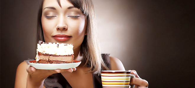 dessert-woman-660