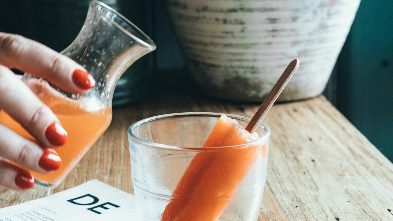 201020144613_carrot-juice-1280×720