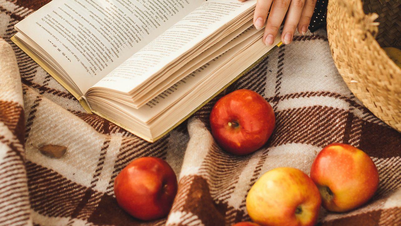 201112104930_apples-1280×720